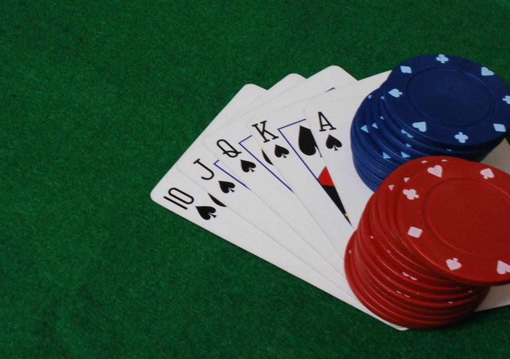 طريقة لعبة البوكر 336368